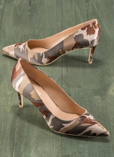 Elle İnce Topuklu Leopar Desenli Ayakkabı Kahve